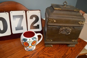 DECORATIVE BOX AND MUG