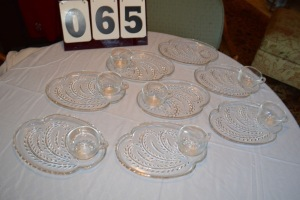 8 SETS OF VINTAGE CLEAR SNACK PLATE/PUNCH GLASS SETS (1 GLASS MISSING)