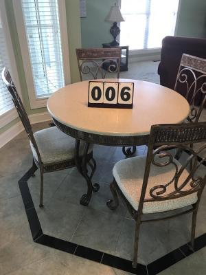 KITCHEN TABLE WITH (4) CHAIRS